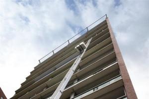 Verhuislift Materiaal ladderlift 31M lift Verhuis www.jamlogistics.nl Huur Verhuur Logistiek Detachering Personeel